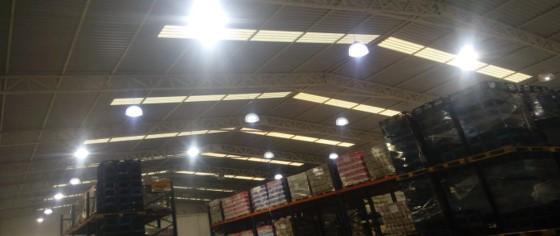 lamparas en naves industriales